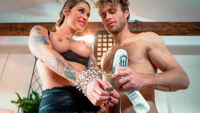 Порно Смотреть Контракт с демонессой позволил наглому парню жестоко отыметь татуированную стерву видео
