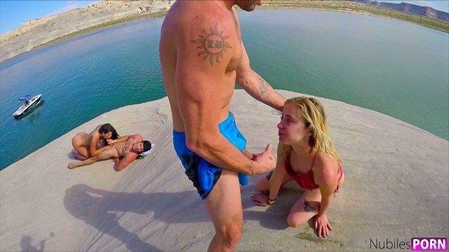 Смотреть Секс Групповой секс молоденьких студенток и бравых парней на фоне девственной природы видео