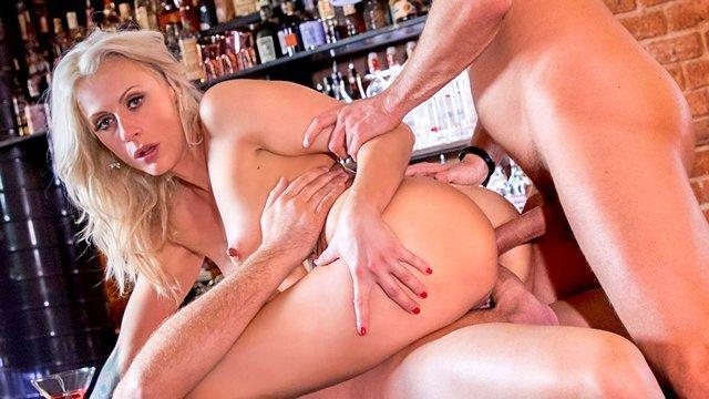 Смотреть Порно Старая мамаша готова ебаться во все дырки сутками, чтобы утолить свои грязные секс фантазии видео
