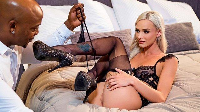 Смотреть Порно Онлайн Брутальный нигер оттрахал сексапильную блондинку в киску с глубоким проникновением видео