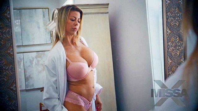 Про порно эротика ролик в возрасте